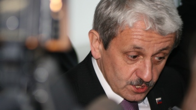 Stepping down as party head, Mikulas Dzurinda (c) The Daily.sk